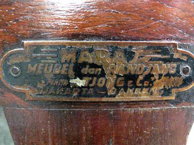 Kaca Deco In toko barang antik dijual meja rias kaca bulat deco