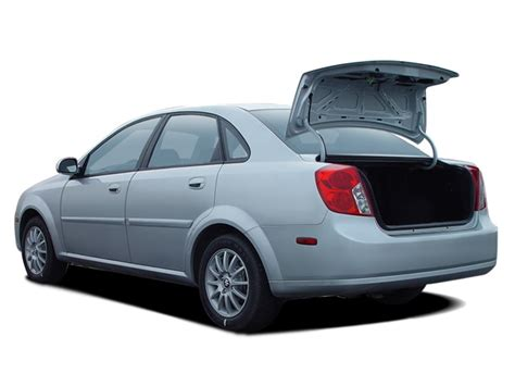Suzuki Forenza Review by 2005 Suzuki Forenza Reviews And Rating Motor Trend