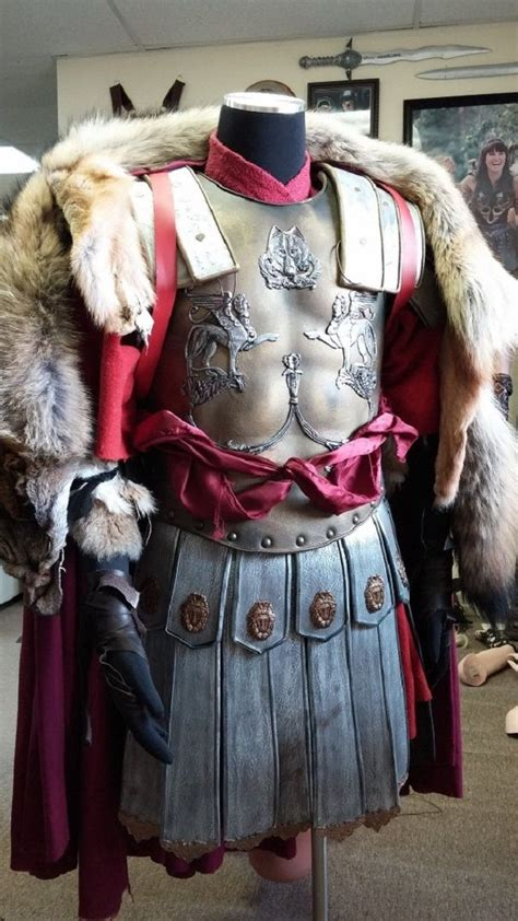 gladiator film costumes 25 best ideas about maximus gladiator on pinterest