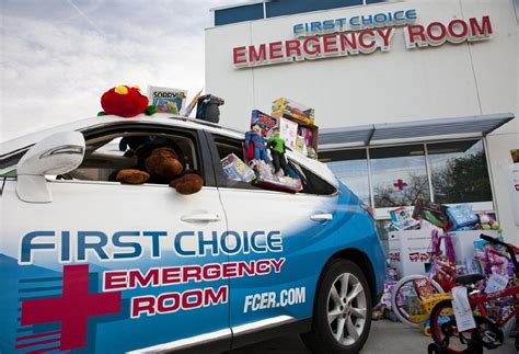 choice emergency room choice emergency room teams up with toys for tots houston chronicle