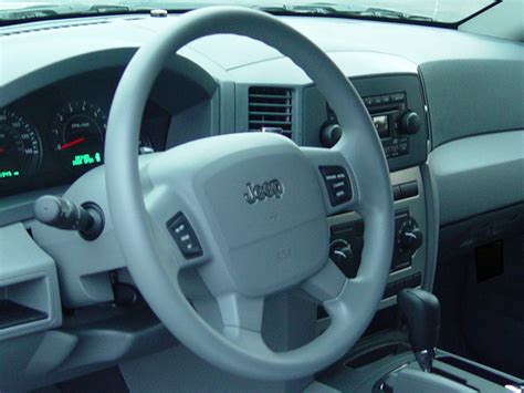 2006 Jeep Grand Interior 2006 Jeep Grand Reviews And Rating Motor Trend