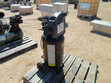 task 15 gallon electric air compressor j m wood auction company inc