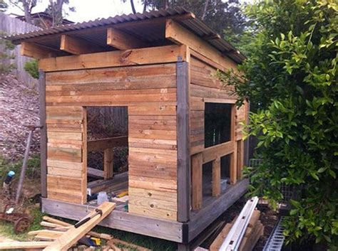 diy cubby house designs diy rustic wooden pallet cubby houses pallets designs