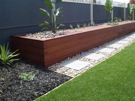 planter beds 25 best ideas about retaining wall gardens on pinterest