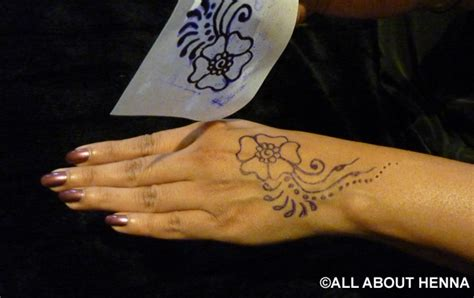 tattoo applying stencil tutorial how to use our henna stencils imprints