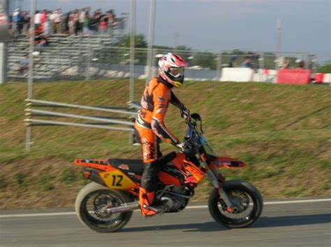 Leichtes Motorrad 250ccm by Bernd Hiemer