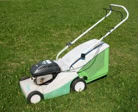 lawn mowers for small yards tips for choosing the right lawn mower for your yard