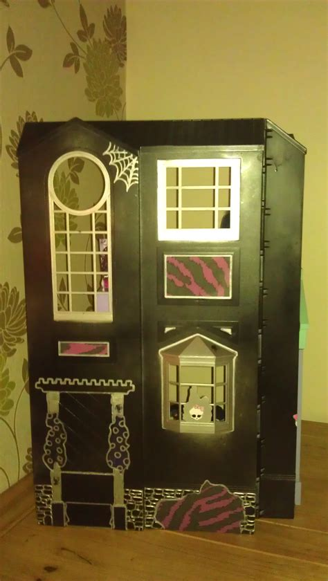 monster high houses monster high house monster high photo 33151116 fanpop