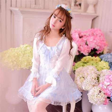 Gue3908 Guess White Soft Lace Trim Langsleeve Top pastel princess autumn dresses bonbonbunny