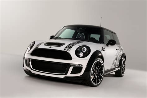 Mini Car Wallpaper Hd by Silver Background Mini Car Hd Wallpapers Top