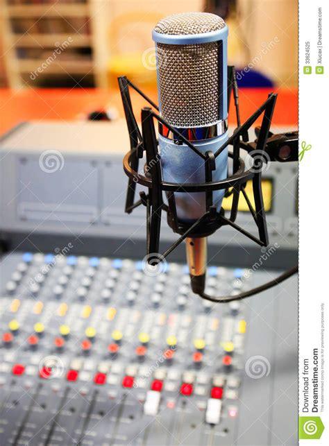 Mixer Untuk Studio Radio radio mixer panel royalty free stock photo image 33624525