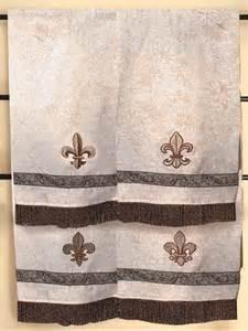 fleur de lis bath towels fleur de lis decorative bath towels fleur de bienvenue