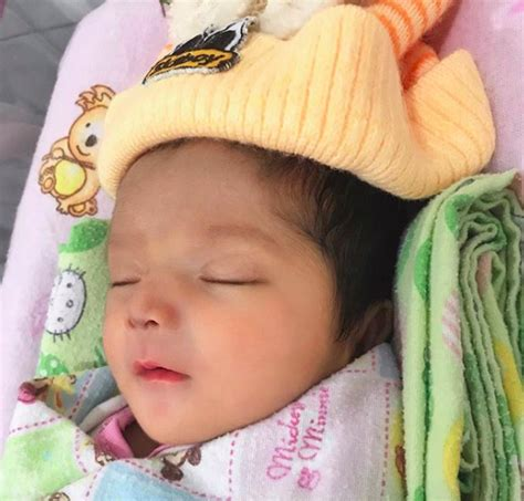 Wajah Bayi foto wajah kacak bayi ini berjaya curi tumpuan rakyat