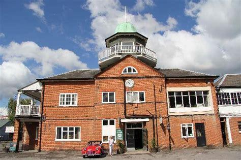 brooklands museum weybridge england address phone