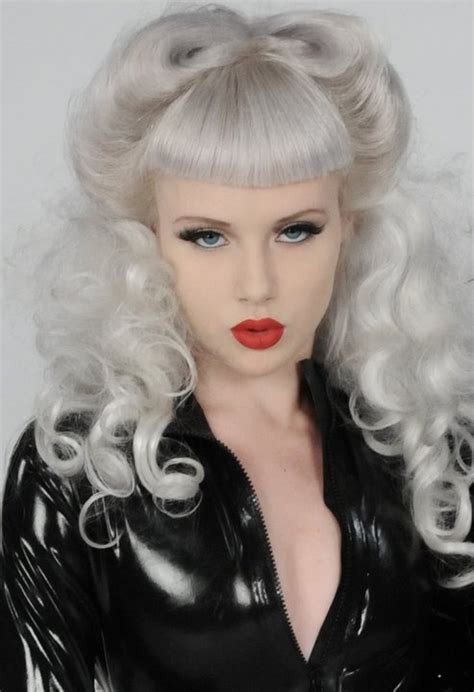 rockabilly hairstyles no bangs 46 best victory rolls with bangs images on pinterest