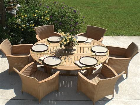 Large Round Patio Dining Tables Crunchymustard Large Patio Tables