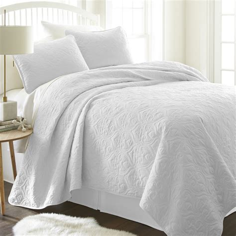 white quilted coverlet queen wholesale soft essentials premium ultra soft damask