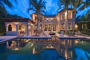 Naples Florida Luxury Homes Tour An World Style Waterfront Home In Naples Fla Hgtv S Ultimate House Hunt 2015 Hgtv