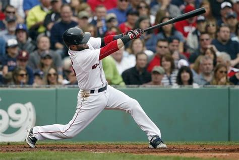 what size bat does dustin pedroia swing dustin pedroia mookie betts using axe bat to prevent