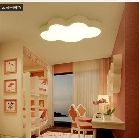 lumiere chambre enfant nuage blanc enfants chambre lumi 232 res trois lumi 232 res