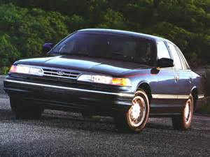 1996 ford crown specs safety rating mpg