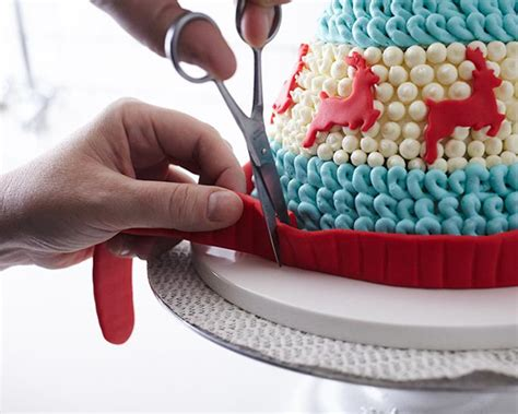 learn cake decorating at home learn cake decorating at home latest learn how to ice our