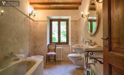foto di bagni rustici bellissima bagni rustici di cagna with bagni rustici