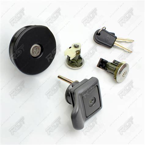 New Lock Key by 1x Cylinder Door Lock Key For Citroen Saxo Complete Set