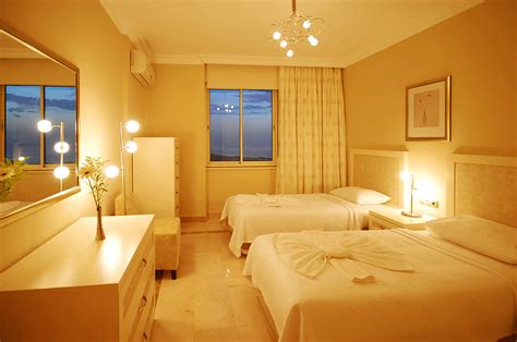 family suites goldcity hotel