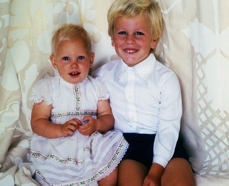 Tasbag Baby Zara Postman royal special guess the childhood photo