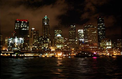 night section 7 summary file seattle waterfront at night jpg wikimedia commons