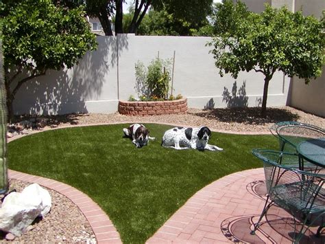 Backyard Astroturf by 25 Best Ideas About Artificial Grass Installation On