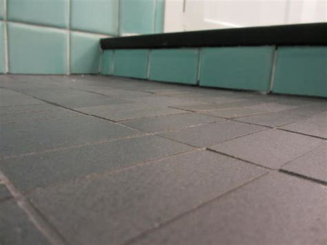 uneven bathroom floor tile uneven bathroom floor brightpulse us
