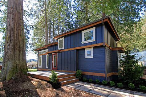 airbnb boats atlanta salish unit 10 park models west coast homes