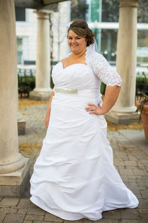 Calling All Bridesmaids Can You Beat This Dress by Calling All Brides Who Did Not Wear A Necklace Weddingbee