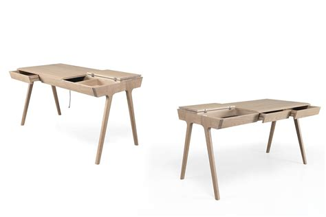 scrivanie legno design metis scrivania di design in legno dotata di cassetti e