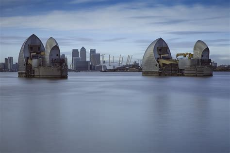 thames barrier images photographing the thames barrier