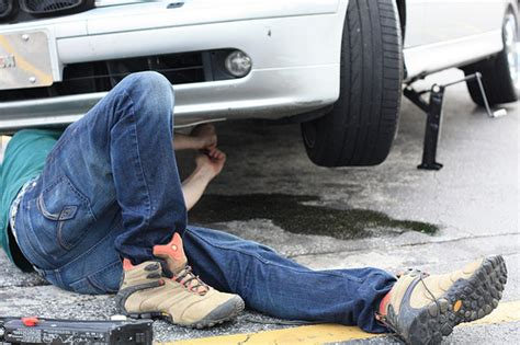 Kaos Dads Auto Shop staying safe with diy car repairs and money