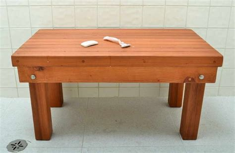 Cedar Bathtub Bench by Cedar Shower Bench Pictures To Pin On Pinsdaddy