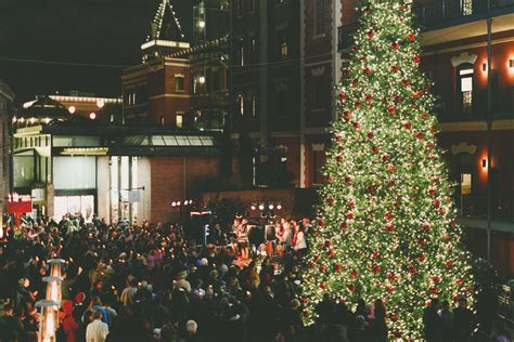 Ghirardelli Square 53rd Annual Tree Lighting Ceremony