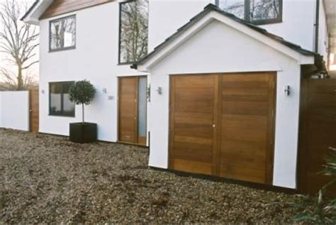 Modern Garage Doors Uk by Modern Garage Doors Uk Cms Doors Quality Range Of Garage