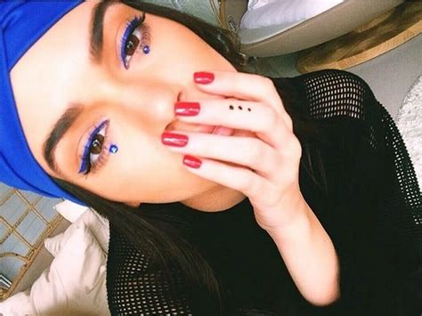 kendall jenner tattoo diy kendall jenner s manicure a classic looks