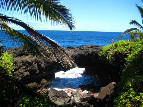 black sand beaches hawaii hawaii black sand 2 by tocheeba on deviantart