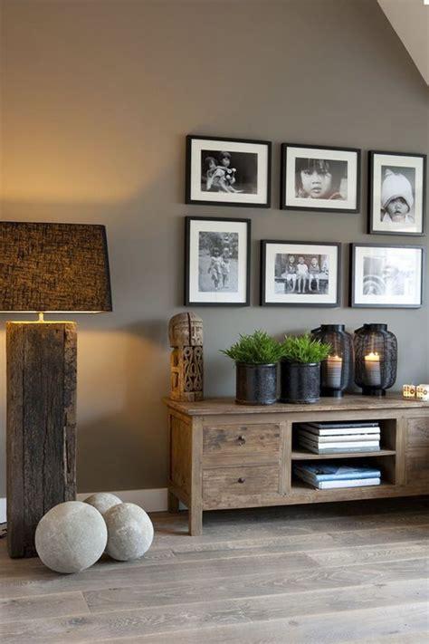 decorar un recibidor pequeño cuadros para recibidor cualquier trozo de pared por
