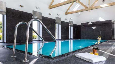 chambre d hote piscine int駻ieure piscine int 233 rieure par l esprit piscine