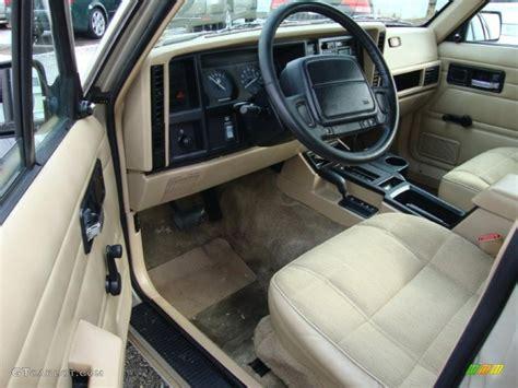 1996 Jeep Interior interior 1996 jeep se 4wd photo 43371020 gtcarlot