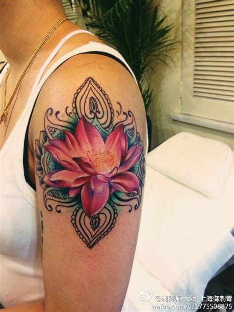 shoulder flower tattoos purple flower shoulder www imgkid the image