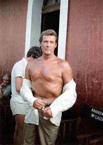 Richard Barnes Author File Roger Moore At The Sets Of Sea Wolves Jpg Wikimedia