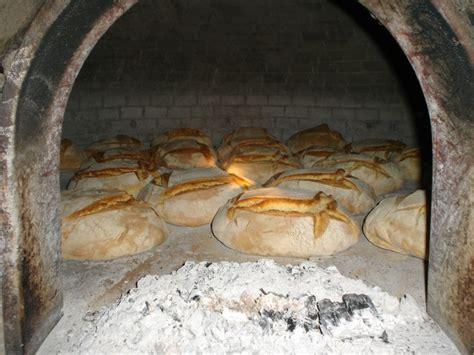 cottura pane in casa la storia forno a legna