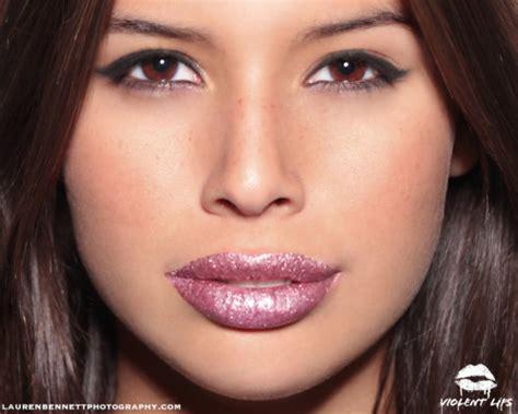 tattoo glitter lips ladies gadgetsglitteratti lip tattoos from violent lips